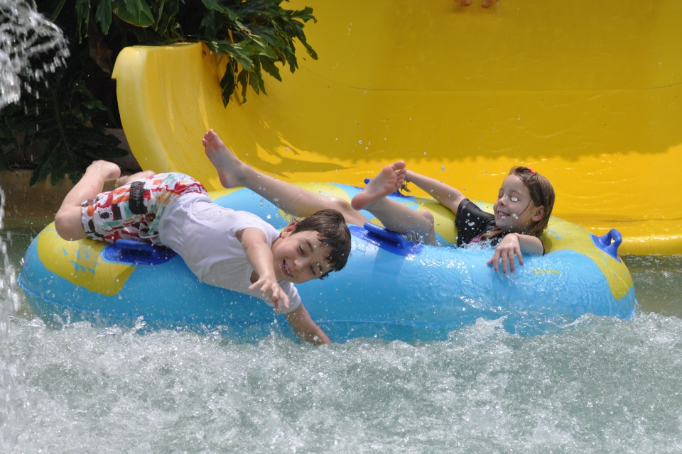 Kids Splashing on the slide @ The Carnivall Waterpark Sungai Petani